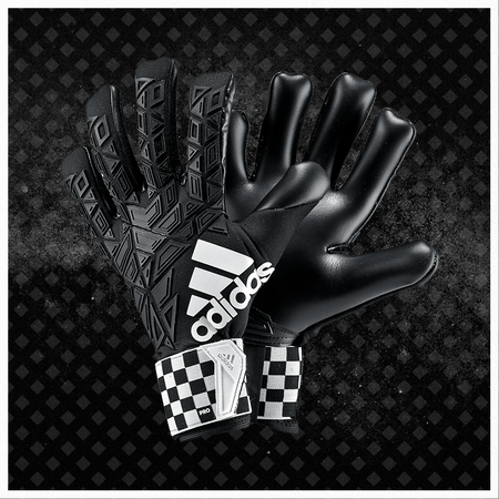 CHEQUERED BLACK GLOVES